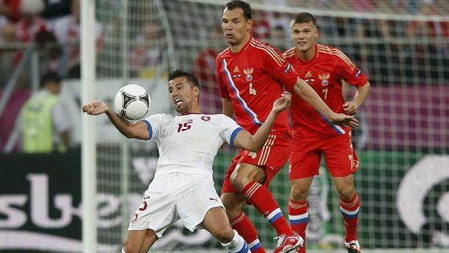 Milan Baroš bojuje s ruskou obranou