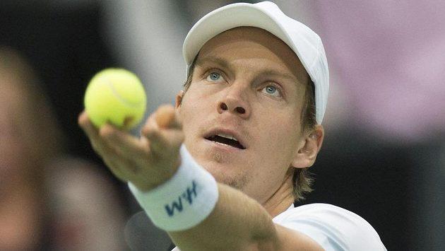 Český tenista Tomáš Berdych porazil v Rotterdamu Lotyše Ernestse Gulbise a postoupil do finále.