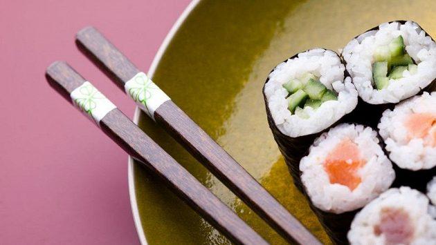 Tradiční sushi v tomto kontextu vypadá už trochu nudně, že?