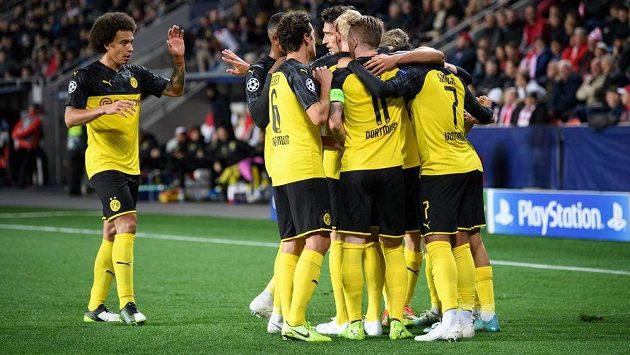 Fotbalisté Dortmundu, ilustrační foto.