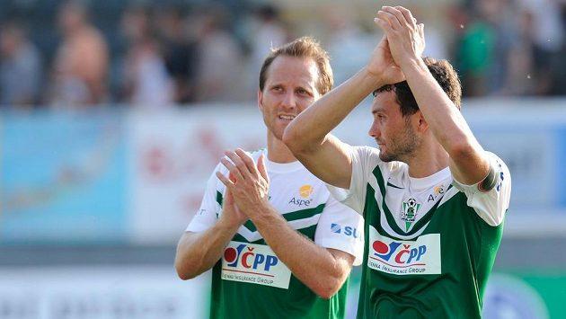 Luboš Loučka a Tomáš Jun z Jablonce se radují z vítězství nad Brnem.