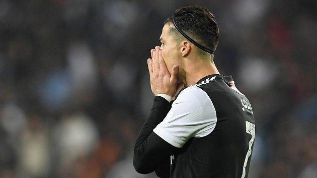 Portugalec Cristiano Ronaldo po prohře Juventusu s Laziem