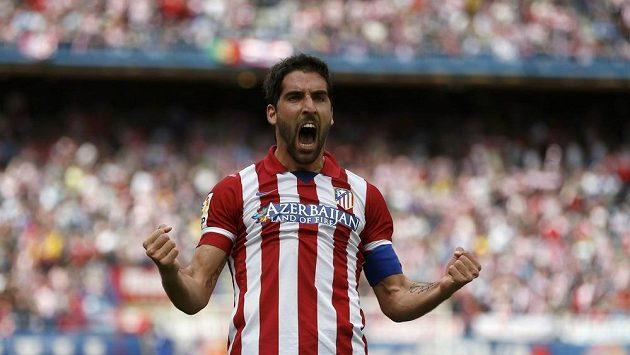 Fotbalista Atlétika Madrid Raul Garcia slaví gól proti Villarealu.