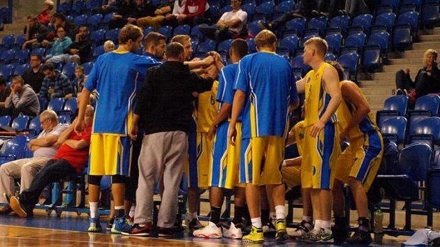 Time out opavského basketbalového týmu.