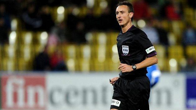 Rozhodčí Petr Ardeleánu nařídil v Příbrami dvě sporné penalty.