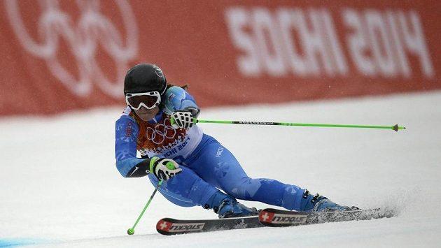 Slovina Tina Mazeová během obřího slalomu.
