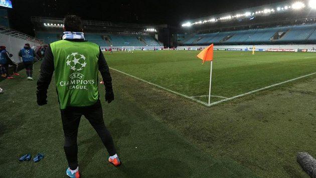 Aréna Chimki v Moskvě zůstala při nedávném utkání Ligy mistrů mezi fotbalisty CSKA a Manchesterem City bez diváků.