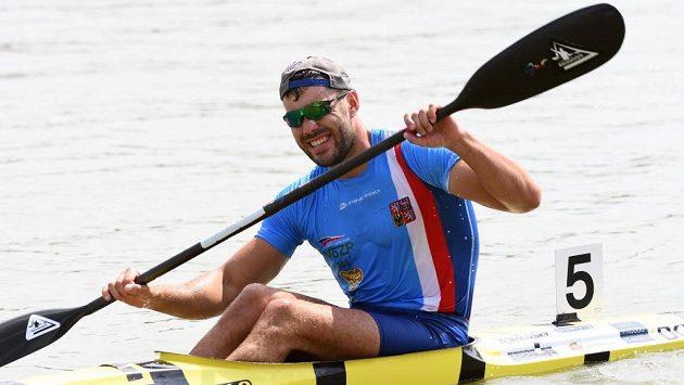 Josef Dostál za cílem finále kilometru na mistrovství světa v Szegedu.
