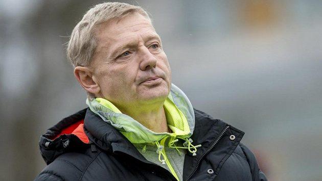 Trenér Sparty Zdeněk Ščasný během úvodního osmifinálového duelu MOL Cupu s Pardubicemi.