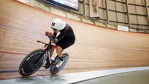 Britská cyklistka Joss Lowdenová na ilustračním snímku při tréninku v Newportu.