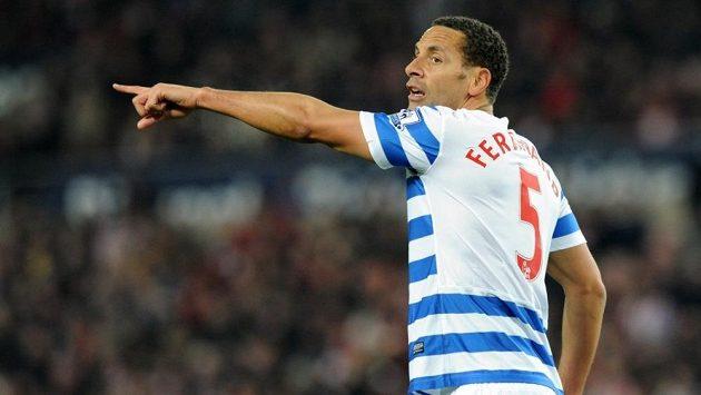 Rio Ferdinand v dresu QPR.