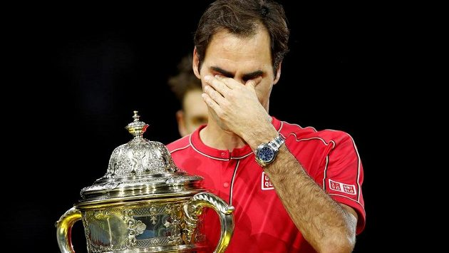 Fenomenální Roger Federer oplakal desátý triumf na turnaji v rodné Basileji