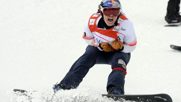 Snowboardistka Eva Samková skončila na prestižních X-Games druhá.