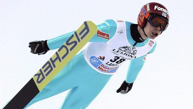 Finský skokan na lyžích Harri Olli.
