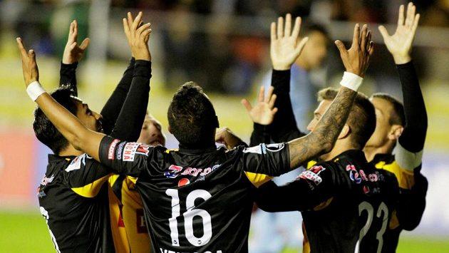 Fotbalový Copa Libertadores baví fanoušky nejen parádními góly.