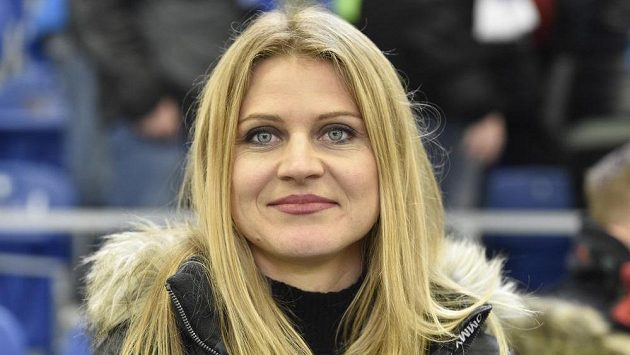 Lucie Šafářová si musí na rozlučku s kariérou počkat.