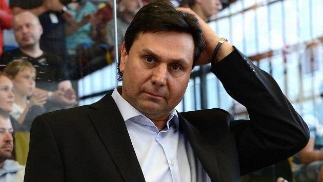Reprezentační trenér Vladimír Růžička rezignoval.