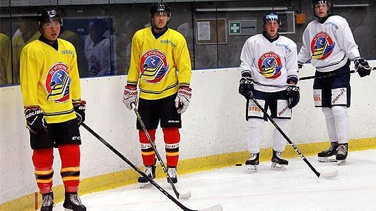 Čínští hokejisté přiletěli do Vítkovic na tréninkový kemp.