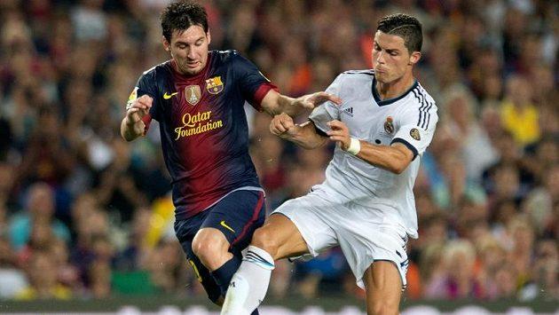 Lionel Messi a Cristiano Ronaldo. Kdo bude po derby šťastnější?