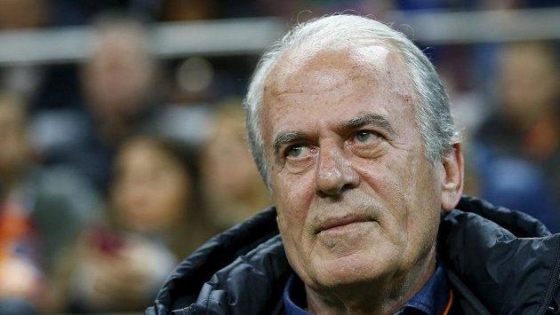 Odvolaný trenér Galatasaraye Mustafa Denizli.