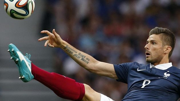 Útočník Olivier Giroud z Arsenalu přispěl k vysokému vítězství Francie nad Jamajskou jednou trefou.