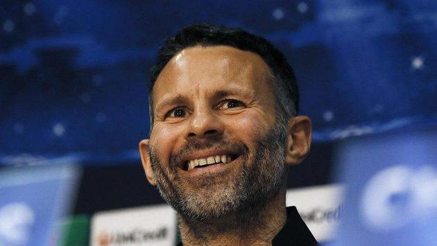 Dočasný trenér a aktivní hráč Manchesteru United Ryan Giggs.