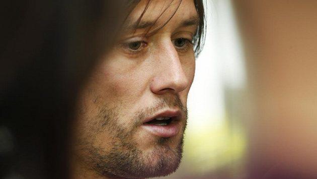 O Tomáše Rosického měl trenér Olympiakosu Míchel velký zájem.