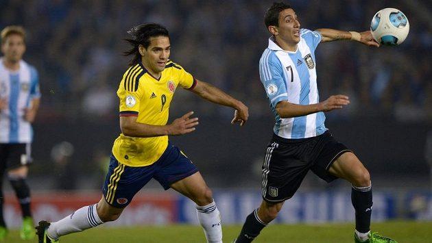 Zatímco Radamel Falcao (vlevo) do Realu Madrid nejspíš nepřijde, Ángel di María by měl v královském klubu pokračovat.