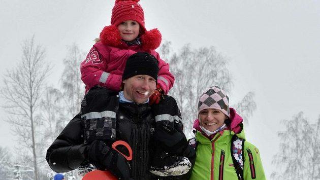 Lukáš Bauer spojil návštěvu MSJ v Liberci s rodinným výletem. Doprovod mu dělali manželka Kateřina a dcera Aneta.