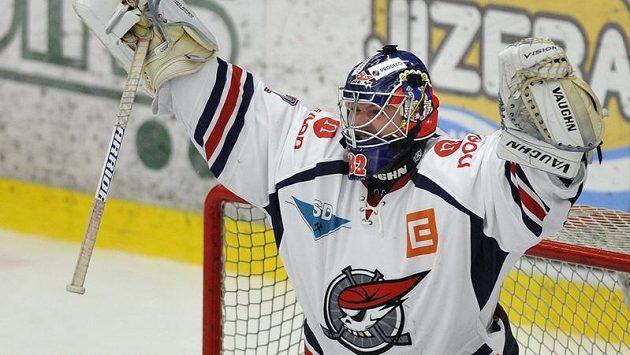 Brankář chomutovských hokejistů Milan Řehoř