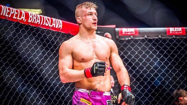 David Kozma v kleci, tohle je jeho život - MMA.