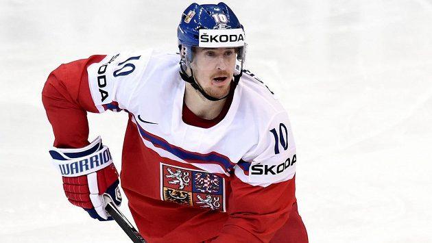 Hokejový útočník Roman Červenka v dresu národního týmu.