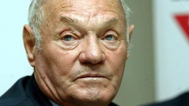 Maďarská fotbalová legenda Jenö Buzánszky.