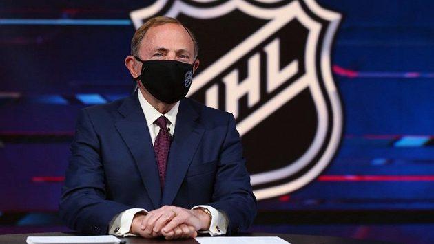 Šéf NHL Gary Bettman.