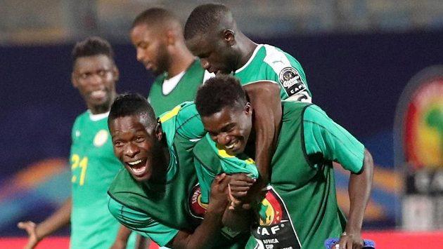 Senegalská radost po zápase.