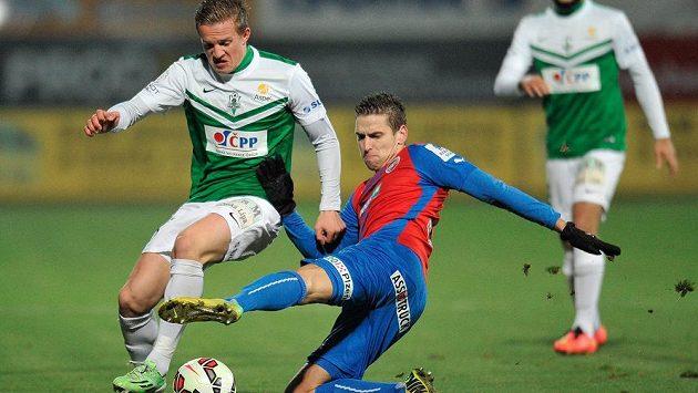 Zleva jablonecký fotbalista Jan Kopic a plzeňský Jan Kovařík.