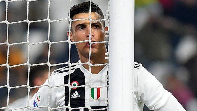 Ronaldův agent tvrdí, že CR7 na odchod nepomýšlí, i kdyby Juventus vypadl v Lize mistrů v osmifinále.