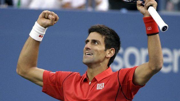 Novak Djokovič chce dovést Srby do finále Davisdova poháru.