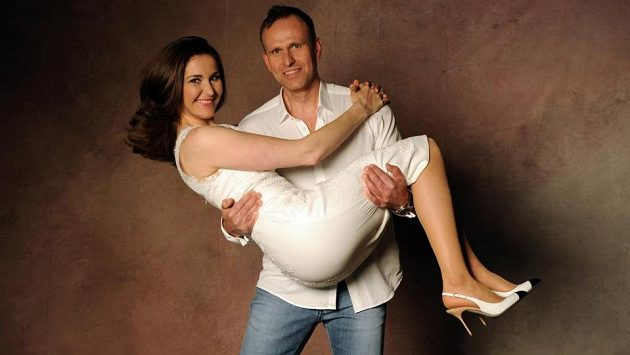 Šárka Záhrobská se provdala za svého bývalého kondičního trenéra Antonína Stracha.