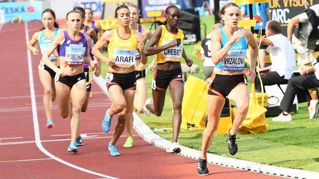 Simona Vrzalová vbíhá do posledního kola (ilustrační foto)