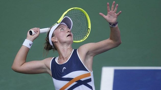 Tenistka Barbora Krejčíková v akci.
