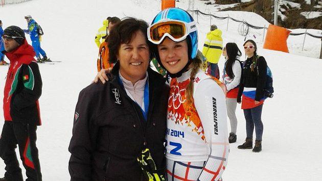 Sjezdařka Klára Křížová s maminkou Olgou, bronzovou olympijskou medailistkou ze Sarajeva 1984.