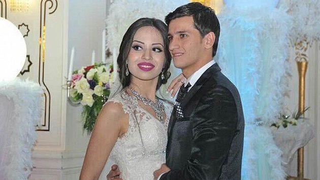Ruslan Mingazov se oženil s dlouholetou přítelkyní Aygun.