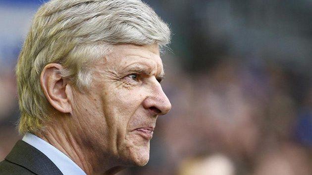 Ustaraný výraz manažera Kanonýrů Wengera.
