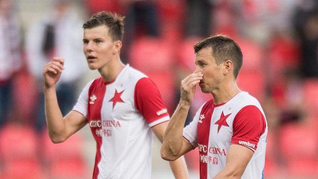 Slávisté Ruslan Rotaň (vpravo) a Eduard Sobol po utkání s Jihlavou.
