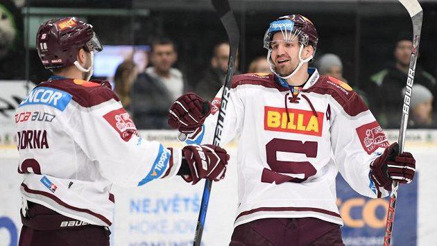 Petr Kumstát (vpravo) už dres Sparty neoblékne, ukončil kariéru.