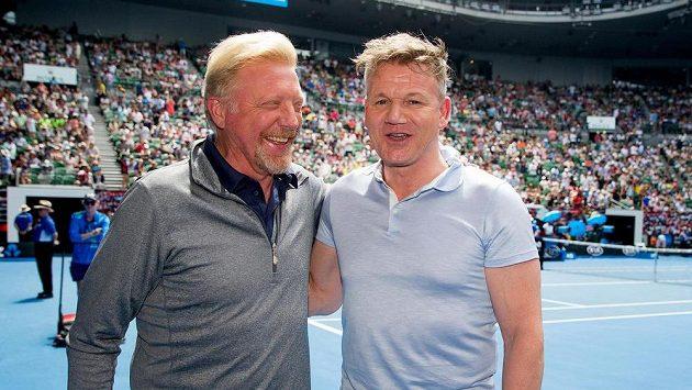 Boris Becker (vlevo) po boku známého šéfkuchaře Gordona Ramsayho na letošním Australian Open.