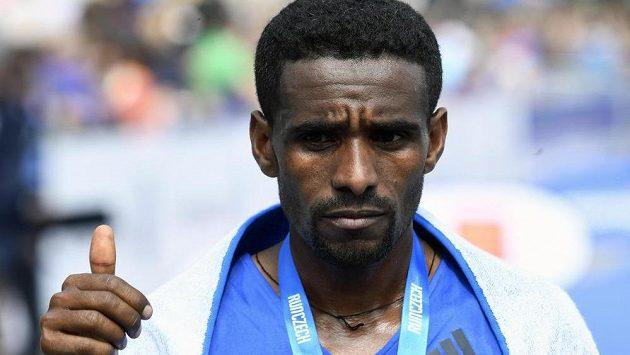 Gebretsadik Abraha z Etiopie vyhrál Pražský maraton časem 2:08:47.