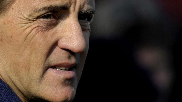 Trenér Roberto Mancini má v současné době v Interu velké starosti.