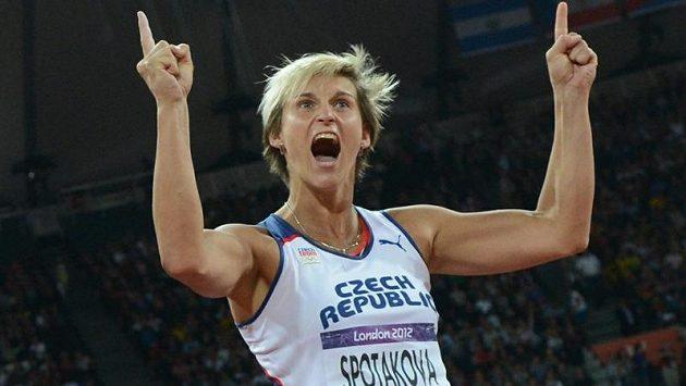 Barbora Špotáková, zlatá v olympijském finále oštěpařek